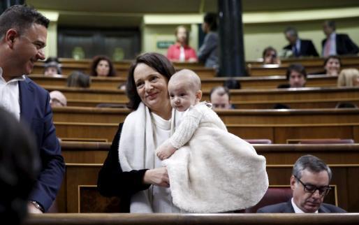 bescansa bebe parlamento