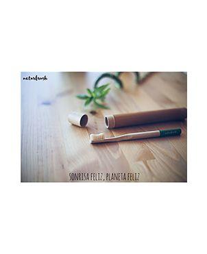 Estuche cepillo de dientes bambú NaturBrush